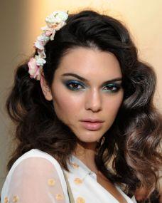 Blue eyeshadow 2