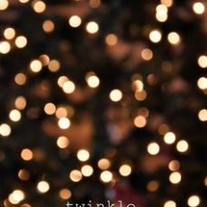 white-christmas-lights-tumblr-wallpaper-4